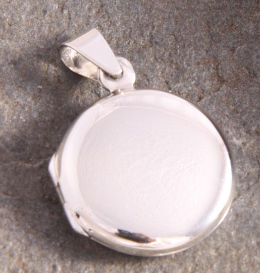 Silver Medaillon Circular