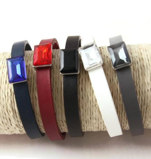 Magnet Bracelet Baguette stone colored