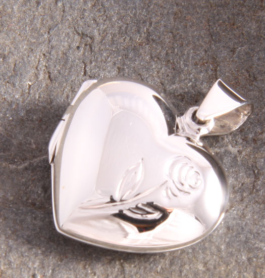 Silver Medaillon Heart & Rose